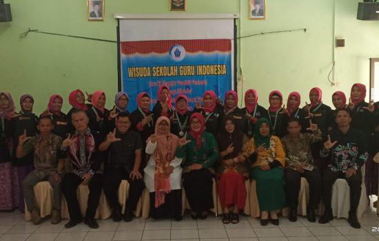 Sebanyak 24 Guru Literat Babel Di Wisuda