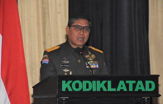 Dankodiklatad: Kualitas Intelektual Prajurit TNI AD Perlu Ditingkatkan